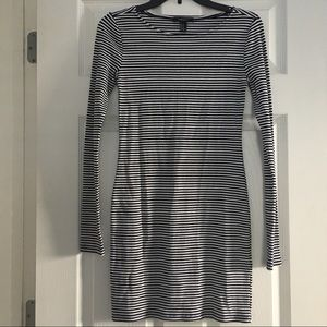 Forever 21 Navy And White Striped  Dress Size M-C5